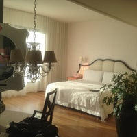 Foto tirada no(a) Mondrian Hotel por R em 9/29/2012