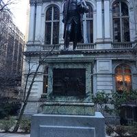 Photo taken at Benjamin Franklin Statue by Oscar C. on 1/15/2017