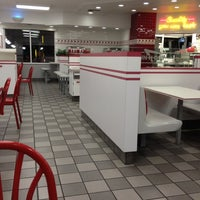 Photo taken at In-N-Out Burger by Joel W. on 10/8/2012