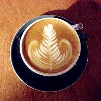 Das Foto wurde bei Chye Seng Huat Hardware Coffee Bar von Hui shan Q. am 2/2/2013 aufgenommen