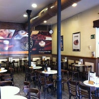 Photo taken at Cafe de Indias Coffee Shop by Daniel L. on 10/5/2013