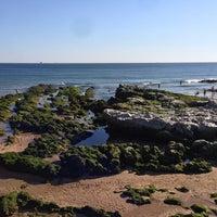Foto tirada no(a) Praia do Moinho por Bruno D. R. em 6/2/2013