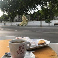 Photo taken at loja das tortas by Miguel S. on 5/15/2017