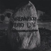 Photo taken at Urbanizacion Vidrio Lux by kassanmoor on 8/12/2013