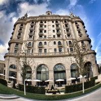 Снимок сделан в Four Seasons Hotel Baku пользователем Fariz F. 9/30/2012