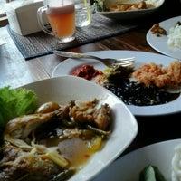 Photo taken at Ayam pedas wong jowo by Ryandra on 3/30/2014