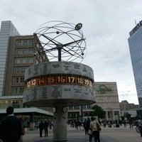 Das Foto wurde bei Alexanderplatz von Jesica S. am 6/26/2013 aufgenommen
