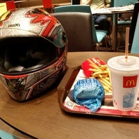 Photo taken at Mc Donald Ladprao 16(Mc Cafe) by Nattapong L. on 10/29/2013