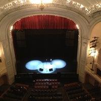 Das Foto wurde bei Moore Theatre von Joel am 3/22/2013 aufgenommen