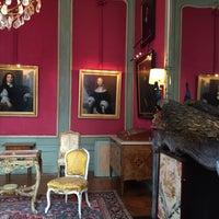 Photo taken at Museum Van Loon by Sanuk_7 on 6/19/2015