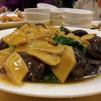 Photo taken at Fraser Court Seafood Restaurant 紅日大酒家 by R S. on 2/7/2013