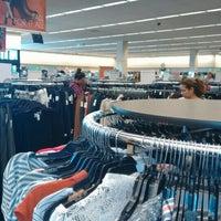 Photo Prise Au Nordstrom Rack Glendale Fashion Center Par John V Le10 18