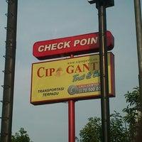 Photo taken at Check Point KM 42 Cipaganti by Vinsensius Rasta S. on 12/9/2012