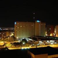 Das Foto wurde bei Hotel Nacional von Sheila D. am 11/15/2012 aufgenommen