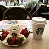 3/28/2015 tarihinde Suer K.ziyaretçi tarafından Starbucks'de çekilen fotoğraf