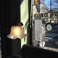 1/6/2013 tarihinde Chrissie D.ziyaretçi tarafından Last Drop Coffee House'de çekilen fotoğraf