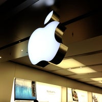 Photo taken at Apple Pacific Centre by Jay L. on 11/9/2012