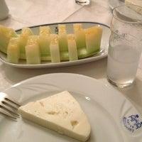 11/2/2012 tarihinde Arzu Turçalıziyaretçi tarafından Hatay Restaurant 1967'de çekilen fotoğraf