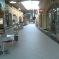 Photo taken at Freeport Fashion Outlet by Kuba Z. on 10/31/2012