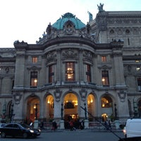 Foto tirada no(a) Place de l'Opéra por Raziel H. em 11/4/2012