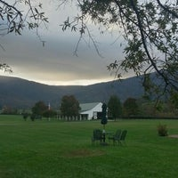 Photo taken at King Family Vineyards by Kellie S. on 10/18/2012
