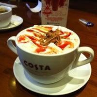Снимок сделан в Costa Coffee пользователем Mahmoud 11/24/2012