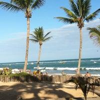 Foto tirada no(a) Praia do Francês por Larissa D. em 1/14/2013