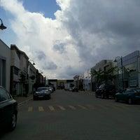 Foto tomada en Modoko por Yusuf K. el 6/13/2013