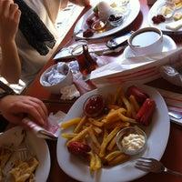 5/16/2013 tarihinde Buse Nur Ü.ziyaretçi tarafından Fiskos Kahvaltı Cafe'de çekilen fotoğraf