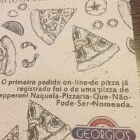 Foto tirada no(a) georgios pizzaria por Marina S. em 2/11/2018