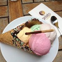 6/8/2013 tarihinde Zeynepziyaretçi tarafından Gelato Ice & Caffé'de çekilen fotoğraf