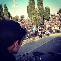 Das Foto wurde bei Mauerpark von Luke Robert M. am 9/30/2012 aufgenommen