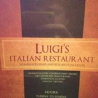 Photo prise au Luigi's Italian Restaurant par Peter le9/29/2012