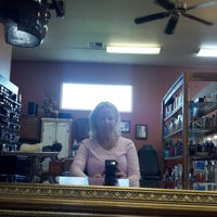 Photo taken at Salon Halloo by Beth H. on 2/12/2013