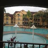 Photo taken at Blue Tree Resort at Lake Buena Vista by Johanna on 12/29/2012