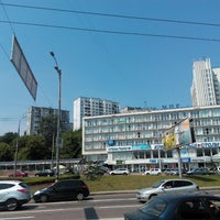 Снимок сделан в Голосеевская площадь пользователем Kostyantyn D. 5/25/2015