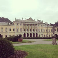 Photo taken at Villa Olmo by Julio A. on 9/29/2012