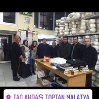 Photo taken at Akdaş Toptan Ltd.Şti by ABDULLAH K. on 1/30/2017