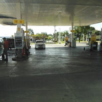 Photo taken at Posto Disbrave (Shell) by Thyago Fernandes C. on 2/6/2014