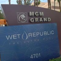 Photo taken at Wet Republic Ultra Pool by Carlo M. on 4/13/2013