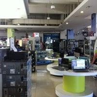 Photo taken at Distribuidora Multihogar by Cristobal on 1/6/2013