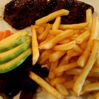 Photo taken at Villa Chicken & Grill by Roy C. on 11/24/2012