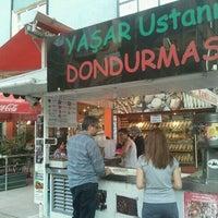 9/22/2012 tarihinde yeşim g.ziyaretçi tarafından Dondurmacı Yaşar Usta'de çekilen fotoğraf