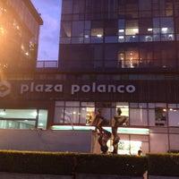Photo taken at Plaza Polanco by Javier venn weii on 10/19/2012