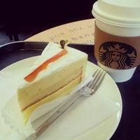 Photo taken at Starbucks by Nammi S. on 1/30/2013