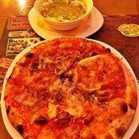 Photo taken at Pizza Ollis by Philipp_Verin on 5/23/2013