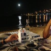 5/25/2013 tarihinde mehmet İ.ziyaretçi tarafından Hüsnü'nün Yeri Balık Lokantası'de çekilen fotoğraf