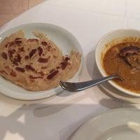 Foto tomada en Rasa W1 Restaurant por Mitra S. el 9/14/2017