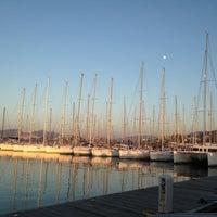 Foto diambil di Yalıkavak Marina oleh Metin L. pada 12/25/2012