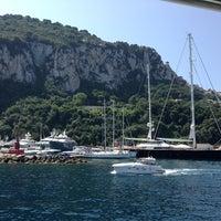 Foto scattata a Porto Turistico di Capri da Richard J. il 7/1/2013